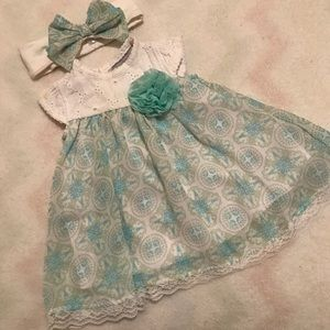 Floral dress with matching bow